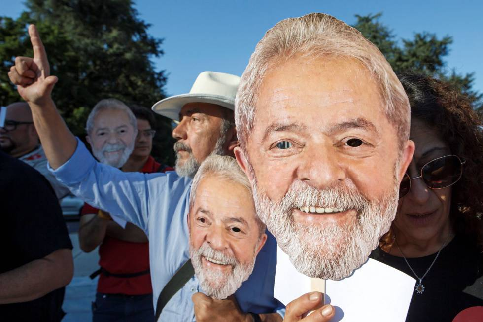 Dos sondeos vuelven y ratifican al encarcelado Lula como favorito