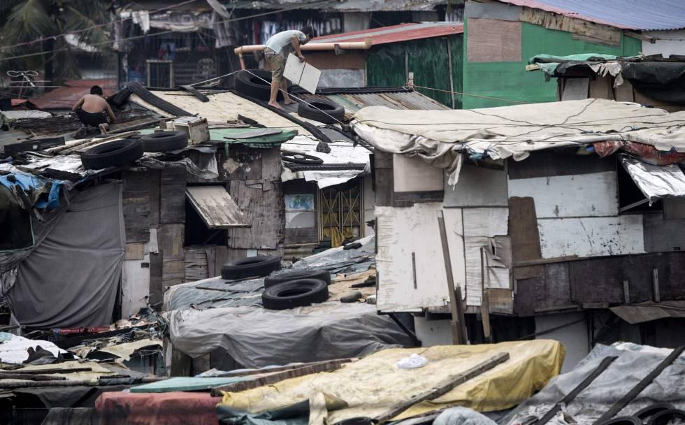 Internacionales: Una decena de muertos y devastación deja tifón Mangkhut
