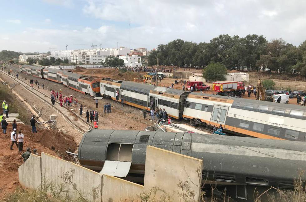 Al menos seis muertos al descarrilar un tren cerca de Rabat (Marruecos)