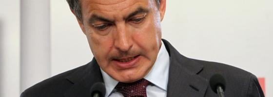 Zapatero durante su comparecencia en Ferraz.