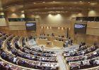 Los senadores populares triplican a los socialistas en liquidez