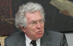 Pierre Foxe.