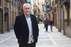 Cayo Lara, en una calle de Pamplona.