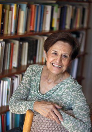 La crisis deja en la sociedad una sensaci n de desconfianza espa a el pa s - Adela cortina libros ...