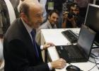 Rubalcaba, más influyente que Rajoy en Twitter, según un estudio