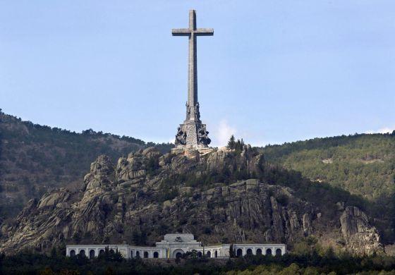 La comisión de expertos propone una intervención integral en el monumento.