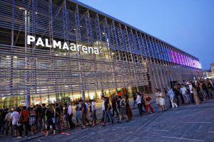 Colas de público ante el velódromo Palma Arena