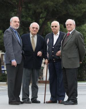 De izquierda a derecha, el coronel Fernándo Puell y los generales Javier Calderón, Ángel de Lossada y Andrés Cassinello.