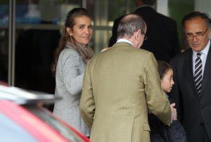 La infanta Elena, a su llegada al hospital.