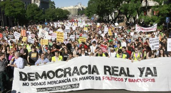 Manifestación en Madrid el 15 de mayo de 2011 convocada por Democracia Real Ya.