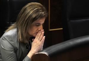 La ministra de Empleo, Fátima Báñez, en el Congreso.