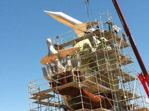 Estatua de Carlos Fabra en el aeropuerto de Castellón.