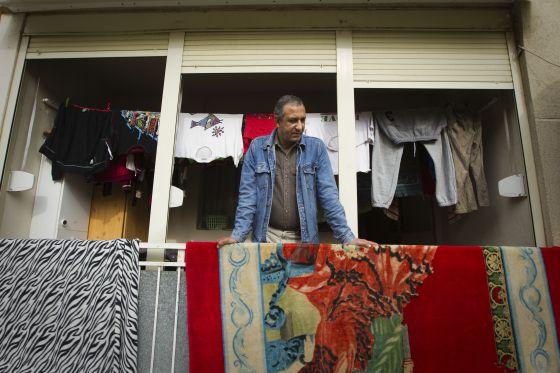 Mohammed Aziz, en su actual casa de Martorell.