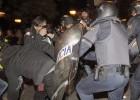 21 detenidos y 29 heridos durante los disturbios en la plaza de Neptuno