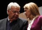 """Cospedal rechaza """"manosear"""" la Constitución"""