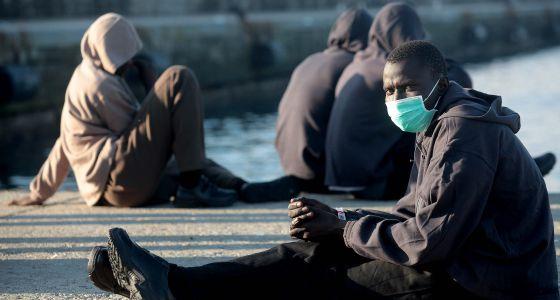 Inmigrantes subsaharianos rescatados el pasado diciembre en Gibraltar