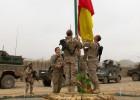 España abre el repliegue afgano con la cesión de una base de combate