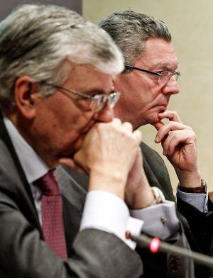 Alberto Ruiz-Gallardón y Eduardo Torres-Dulce.