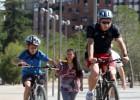 Tráfico apuesta por el casco a los ciclistas en ciudad