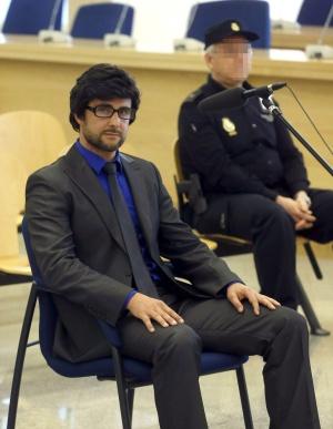 Hervé Falciani, con peluca y gafas, en la vista de su extradición a Suiza, el pasado lunes.