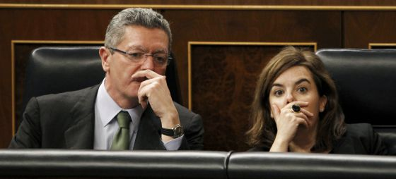 Gallardón y Saenz de Santamaría, en el Congreso.