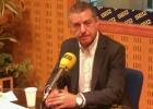 El 'lehendakari' habla por teléfono con Rajoy y le pide que comparezca
