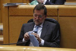 El presidente del Gobierno español, Mariano Rajoy, en una sesión en el Senado el año pasado.