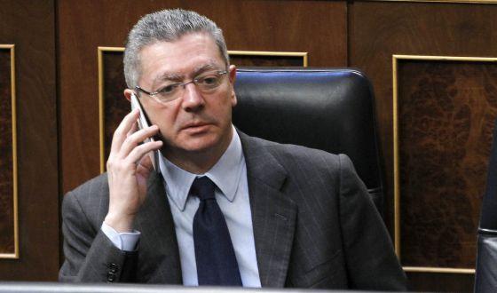http://ep01.epimg.net/politica/imagenes/2014/02/20/actualidad/1392895147_713641_1392896293_noticia_normal.jpg