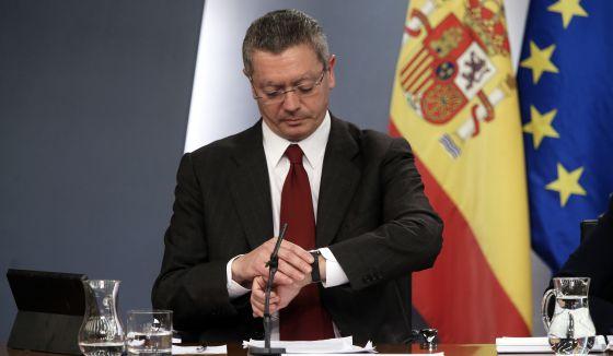 El ministro Alberto Ruiz-Gallardón, en rueda de prensa el pasado diciembre.
