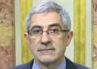 La oposición critica al ministro por negar que indultó a corruptos