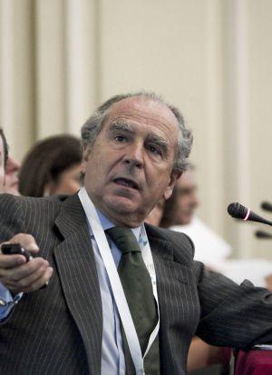 Margallo repesca a un diplomático de la era Aznar para embajador en París