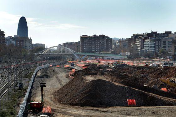 Obras del AVE a Barcelona, a su paso por la Sagrera.