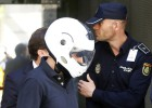 El juez manda a juicio a los policías que recibieron regalos de Gao Ping