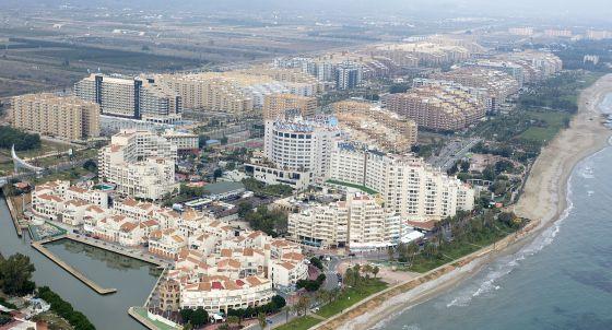 La ciudad de vacaciones Marina d'Or en 2012.