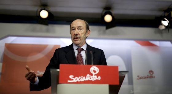 Alfredo Pérez Rubalcaba, durante su declaración institucional