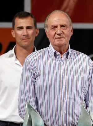 El Rey don Juan Carlos, junto al príncipe Felipe en una imagen de 2009