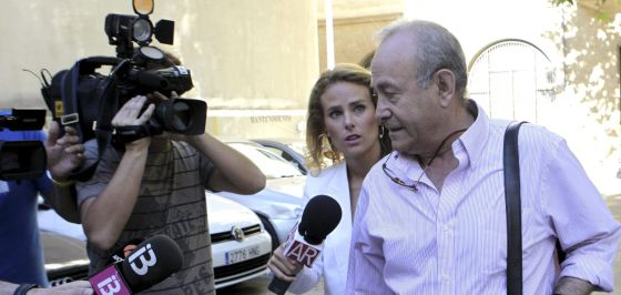 "El juez ve ""sobrados indicios"" de que doña Cristina se lucró de forma ilícita 1403688341_143210_1403690169_noticia_normal"