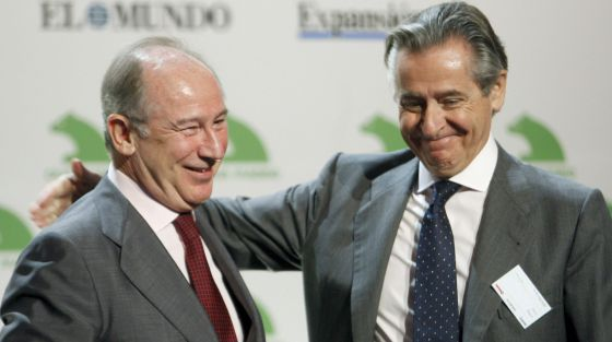 Los expresidentes de Caja Madrid, Miguel Blesa (derecha) y Rodrigo Rato, en una imagen de archivo.