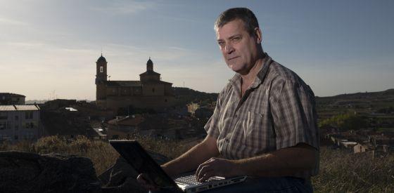 Ricardo Lop vende cuchillos a 140 países desde Teruel.