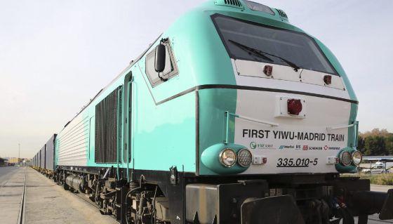 Llegada del primer tren de mercancías directo entre China y España hoy en la estación logística de Abroñigal en Méndez Álvaro.