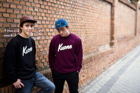 Sergio Gato y Jaime Alba, de 14 y 15 años, tienen una web de venta de sudaderas.
