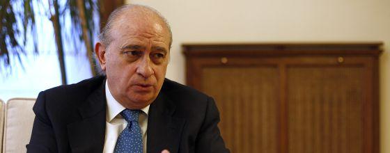 El ministro del Interior, Jorge Fernández Díaz, durante la entrevista.