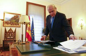 El ministro de lnterior, Jorge Fernández Díaz, en su despacho.