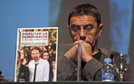 Juan Carlos Monedero en la reciente presentación del libro de Pablo Iglesias 'Disputar la Democracia'.