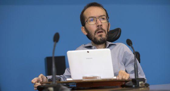 Echenique deja Europa y competirá por ser candidato en Aragón