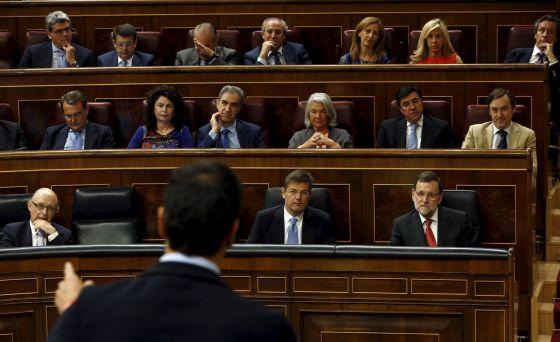 La oposición busca fórmulas para llevar la corrupción al Congreso