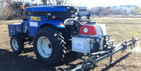 Prototipo de tractor autónomo desarrollado por un equipo español.