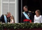 La Monarquía se acerca al aprobado