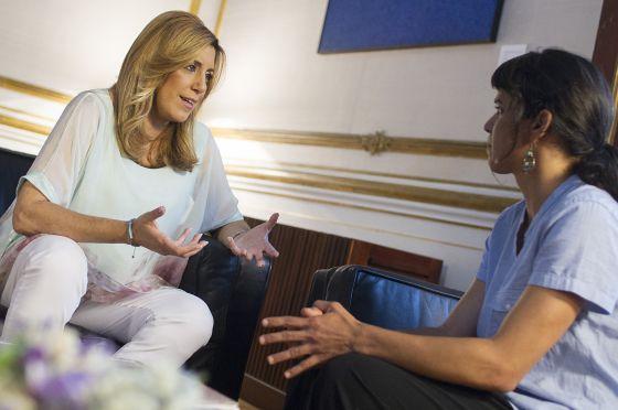 Susana Díaz (PSOE) y Teresa Rodríguez (PSOE), el martes.