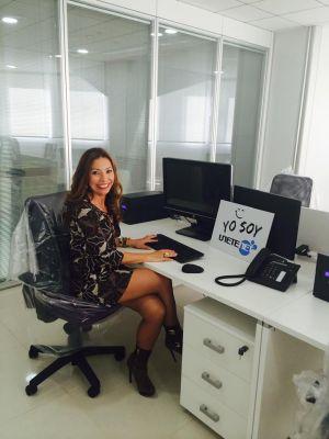 Pilar Otero en las oficinas de Unetenet de Malta